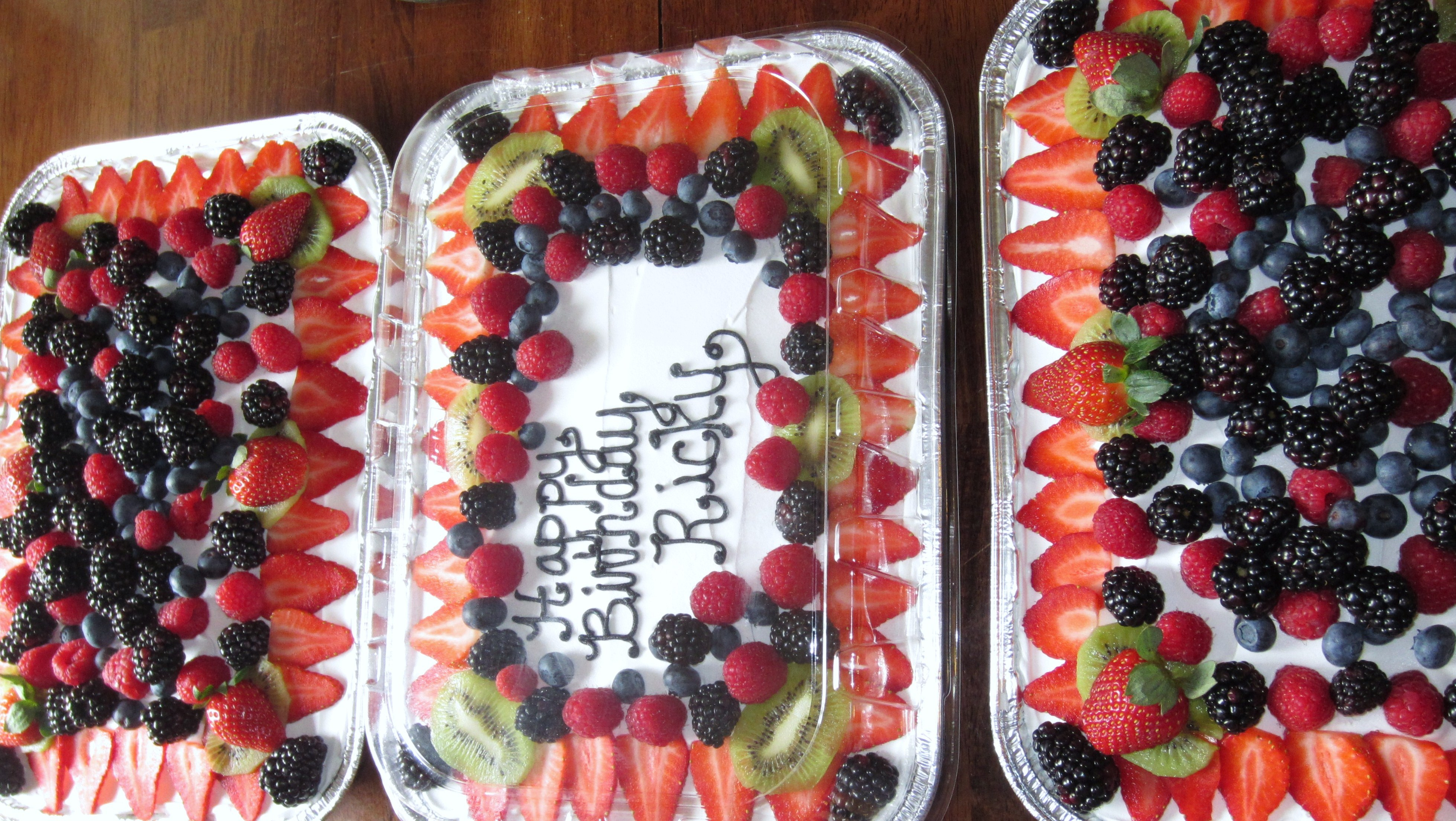 Tres Leches Maeymaey Cakes